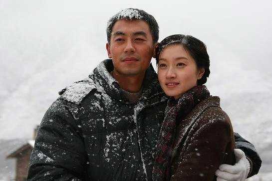 朱亚文妻子微博首晒二胎孕肚照,自曝胖了50斤