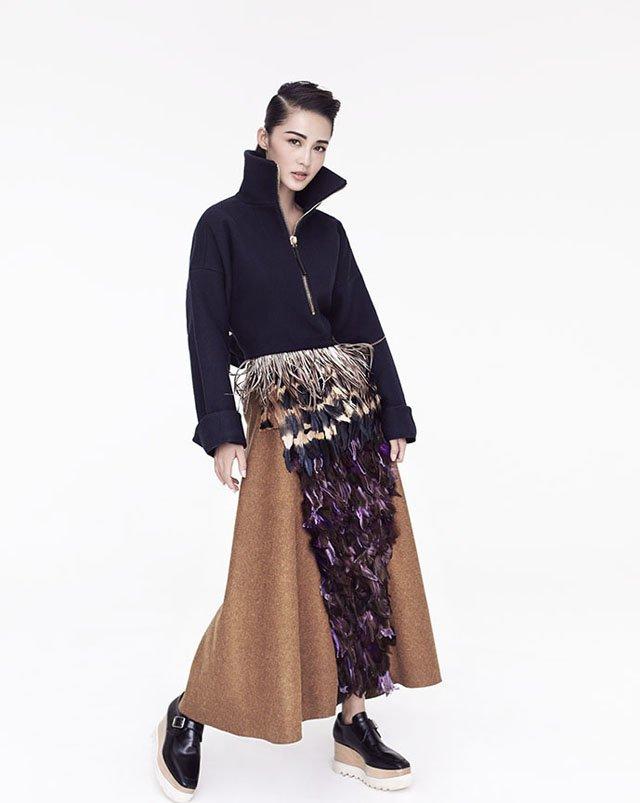 美女明星李沁全新时尚大片拍摄