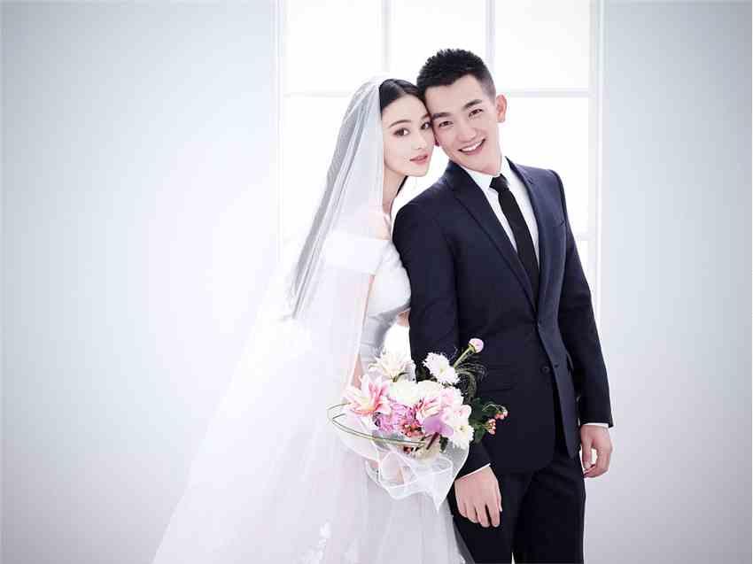 张馨予:嫁给他,嫁给爱情