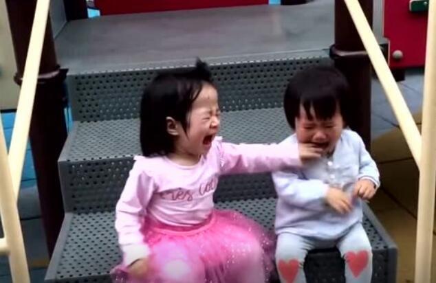 小时候打架都是两败俱伤