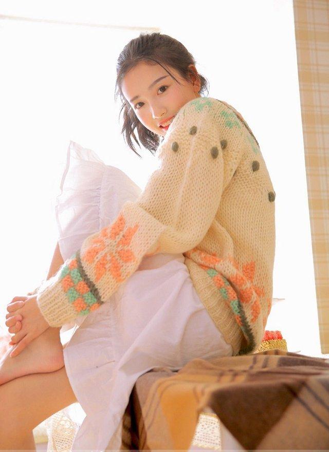清纯美女冬日氧气写真图片