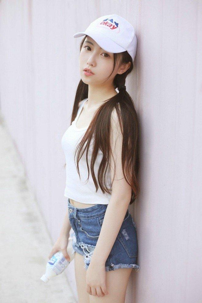 清纯美女娇巧可爱迷人写真