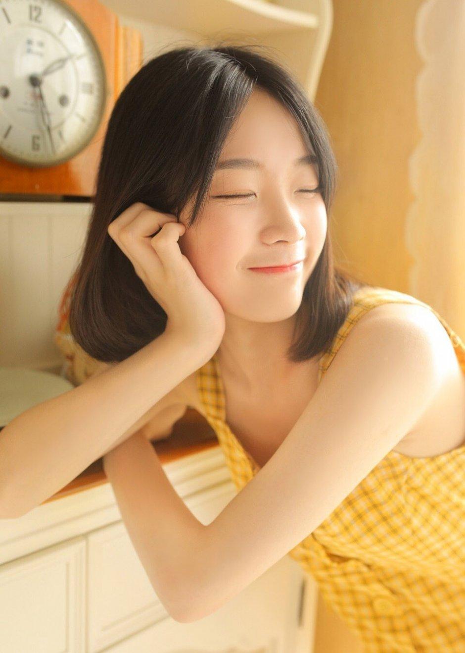 甜美女孩清纯可人图片