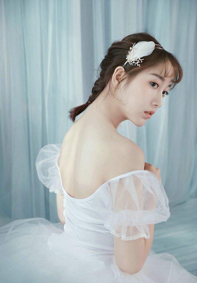 芭蕾舞气质美女清新可爱私房唯美写真