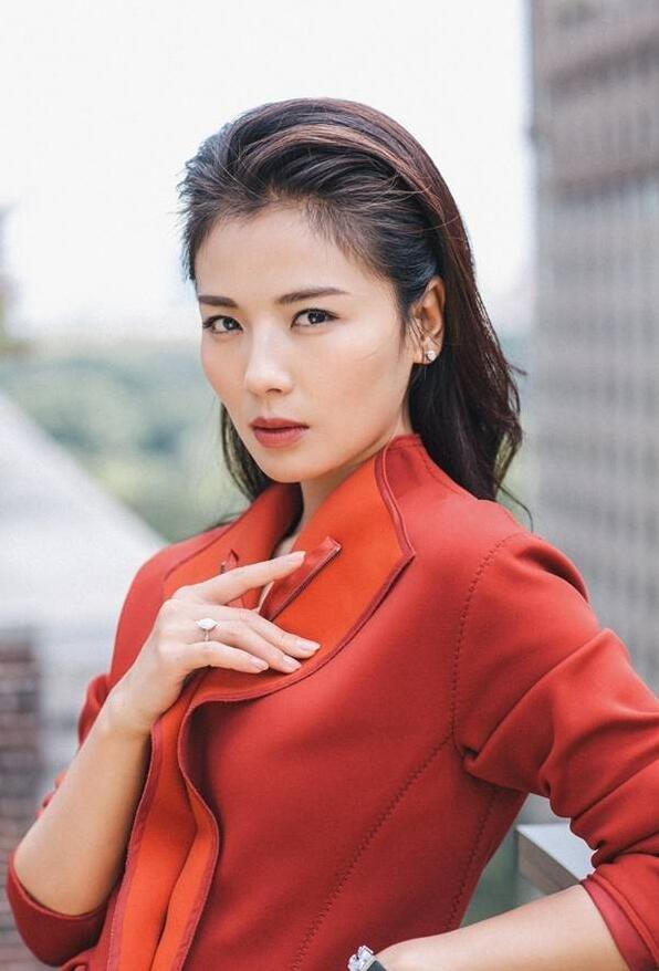 刘涛成熟女人味纽约街拍大片