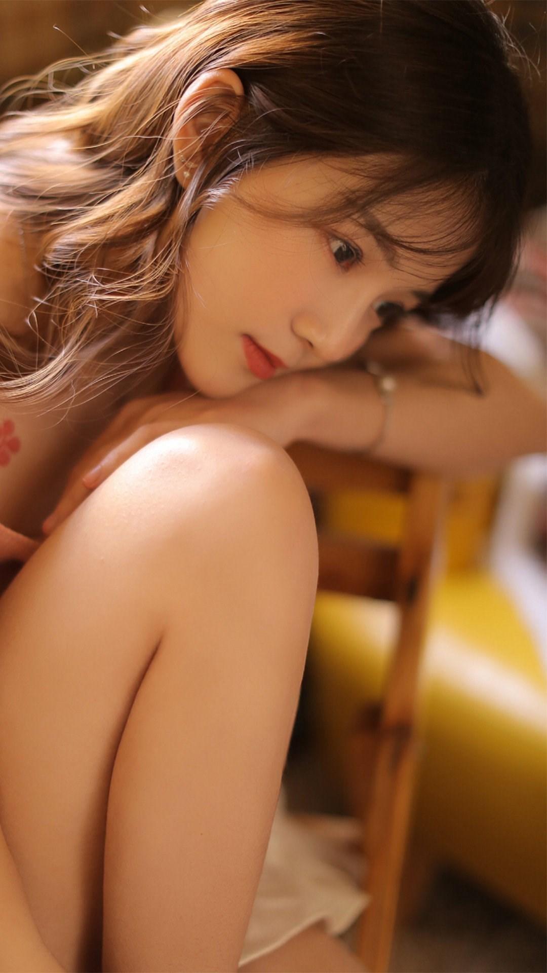 清纯美女撩人长腿写真图片