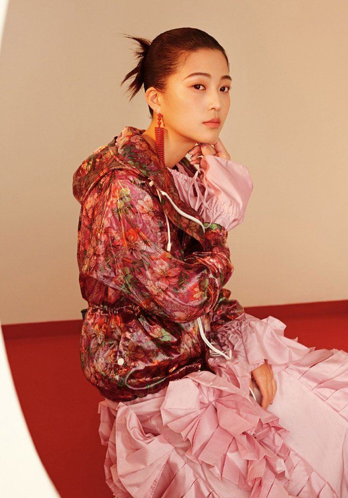 王妍之另类时尚杂志封面大片