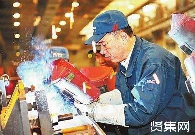 李万君:手握焊枪打造最安全可靠的