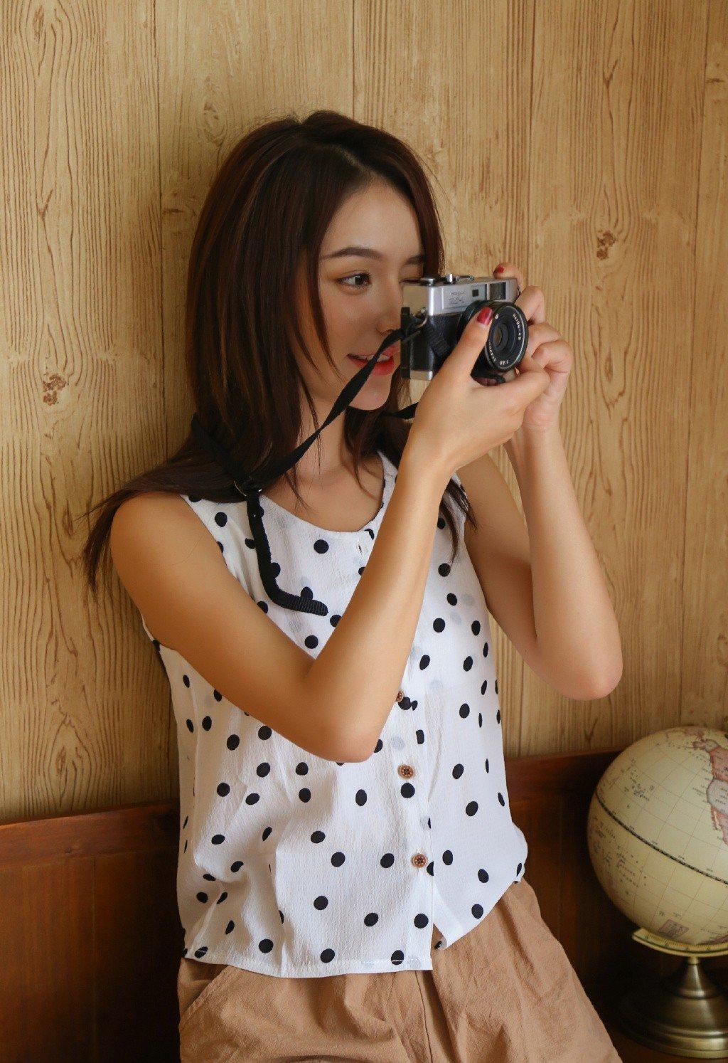漂亮美女小姐姐俊俏性感美女模特写真