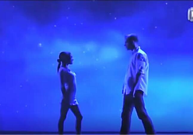 需要高度默契的舞蹈,你们的另一半不会吃醋吗?