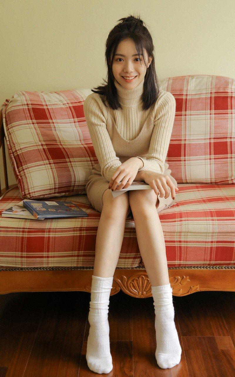 氧气美女高挑长腿性感美女诱人写真