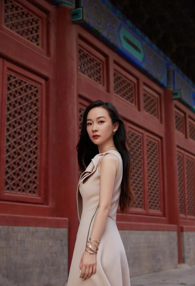 北京美女霍思燕粉色礼服照