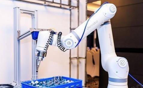周年献礼!溱者智能全新协作机器人震撼发布