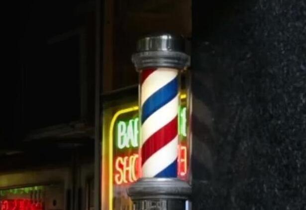 """理发店门口的""""三色柱""""到底有什么来历?"""