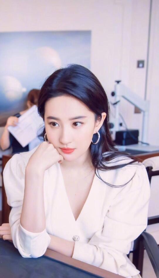 古典美女明星刘亦菲图片