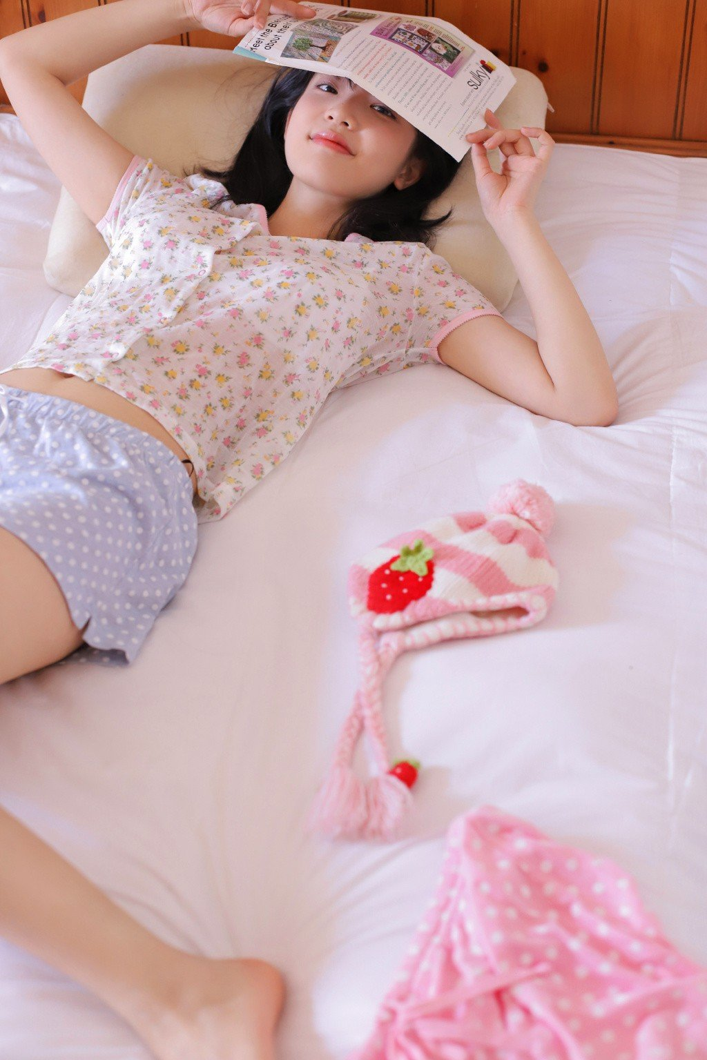 轻熟少女美女模特细长美腿甜美写真