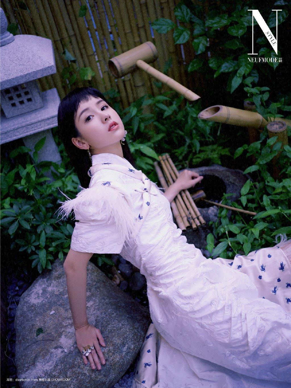 陈都灵摩登时尚封面写真图片