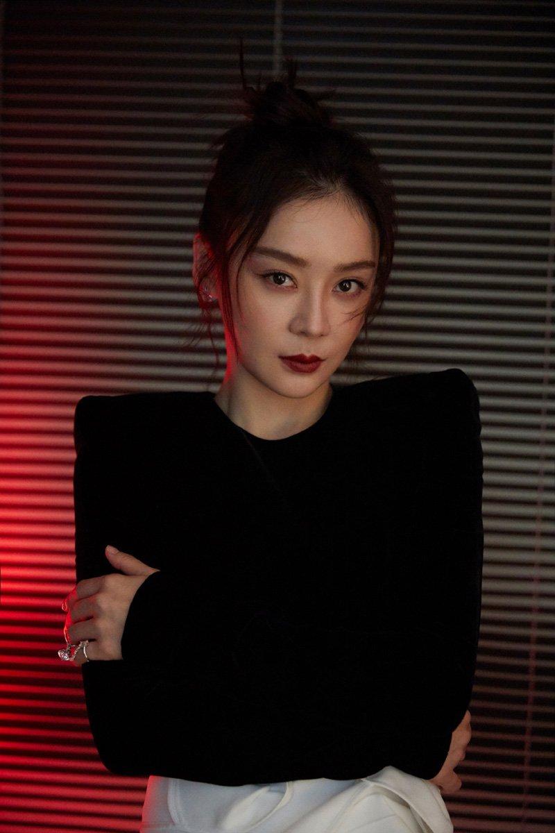 袁姗姗酷美撩人写真图片