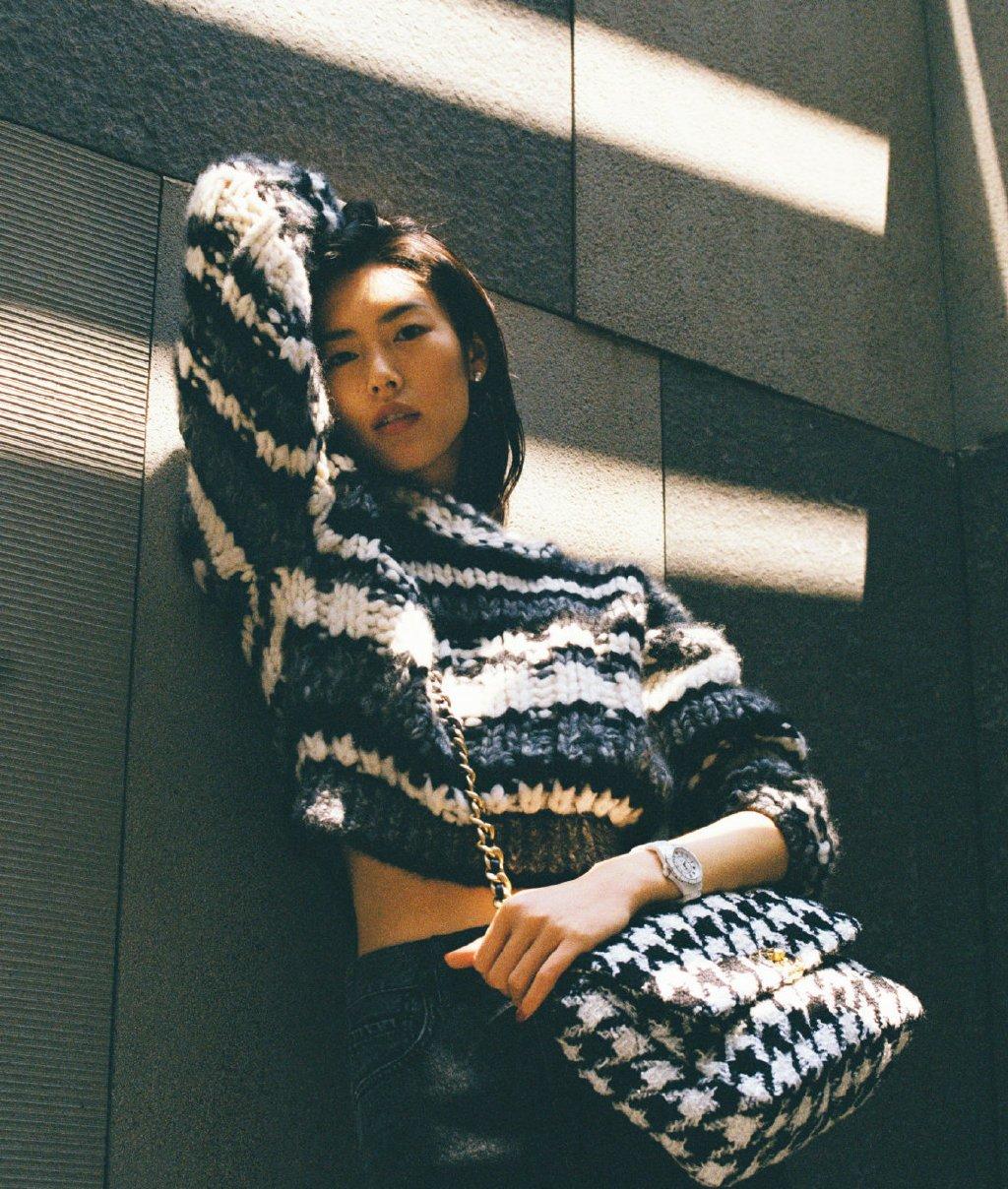 刘雯慵懒风随性街拍图片