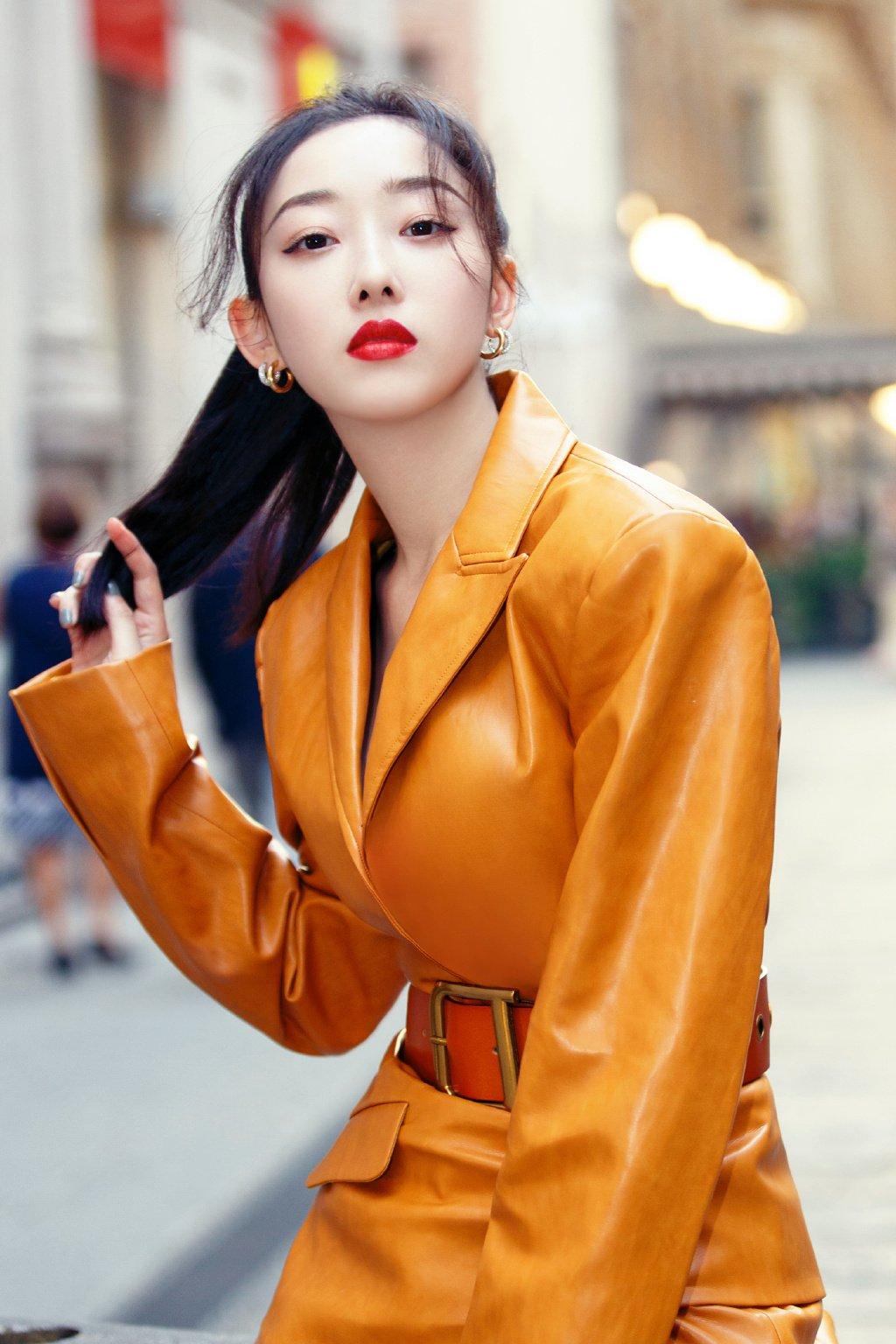 蔣夢婕米蘭時裝周性感圖片