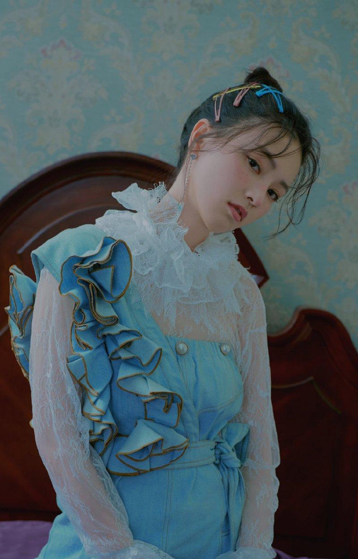 黄灿灿晒伤妆时尚写真图片