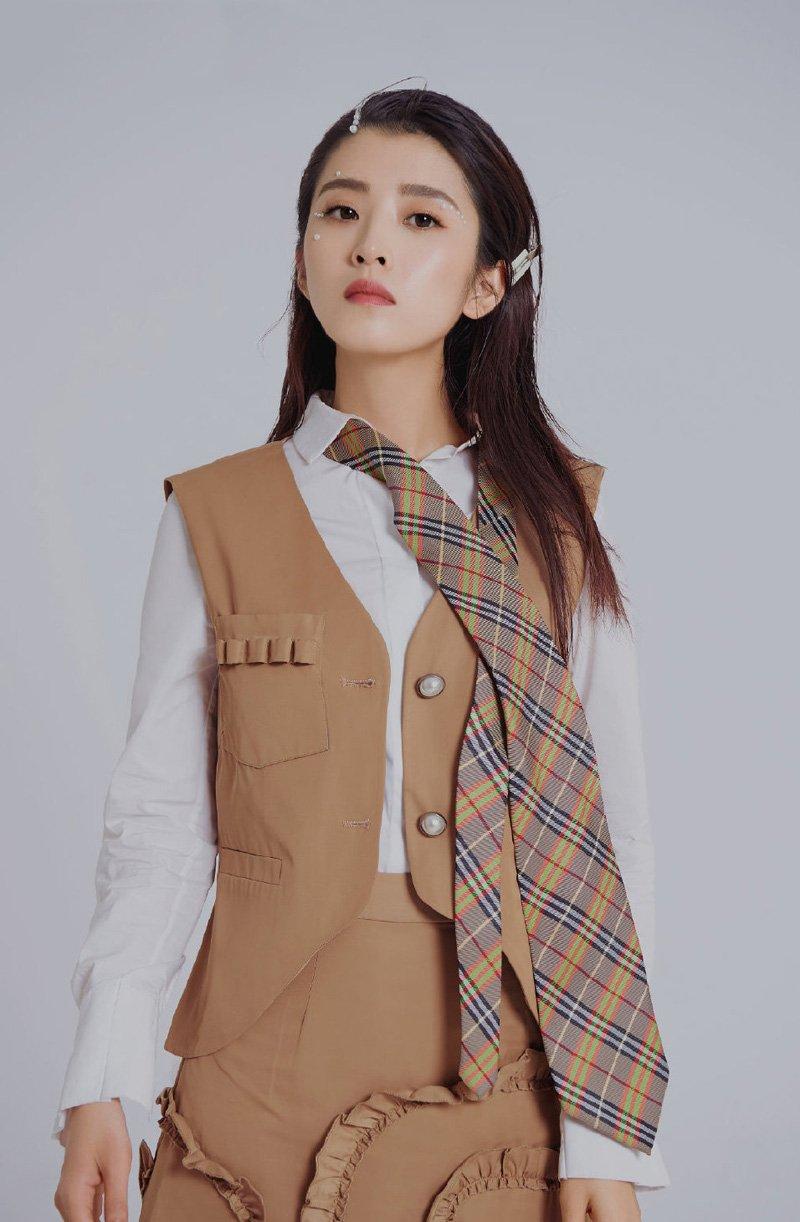 李若嘉时尚魅力写真大片