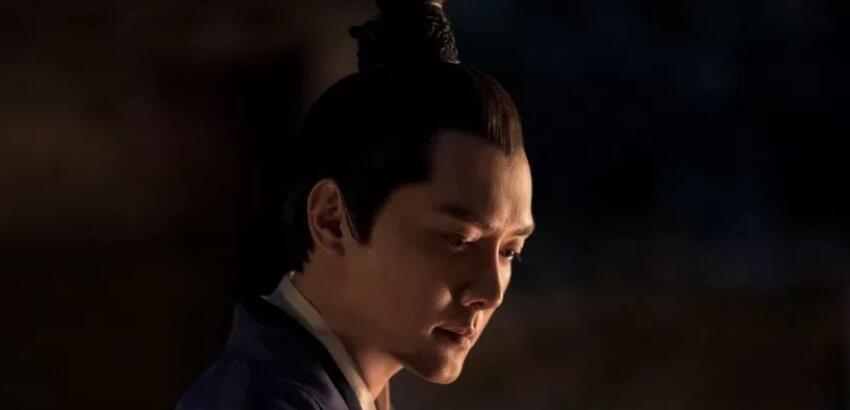 冯绍峰曝光儿子名字 冯绍峰为什么给儿子起名想想?
