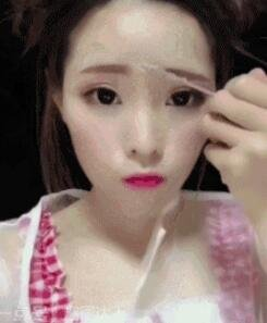 化妆技术简直是换脸技术