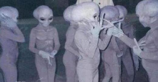 传说中的外星小灰人真的存在吗,小灰人是真的假的?