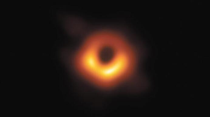 第一张黑洞照片