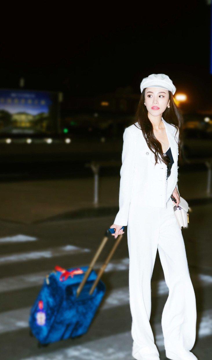 美女明星葛天时尚街拍照图片