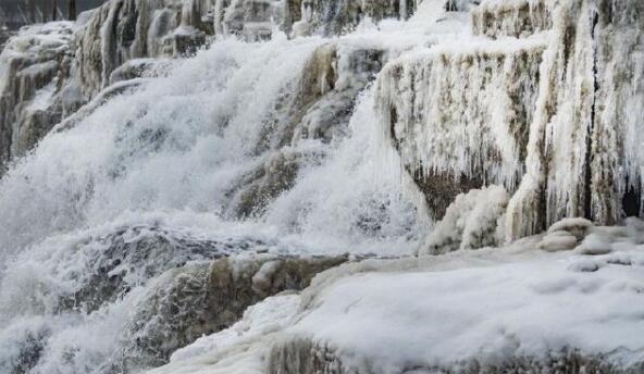 天生桥瀑布,壶口瀑布冰瀑冰雕
