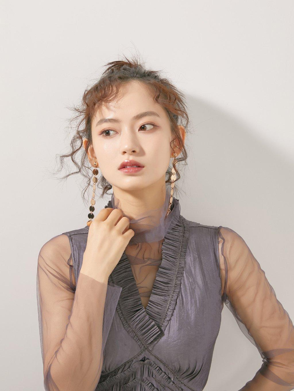 陈雨锶朦胧甜美写真图片