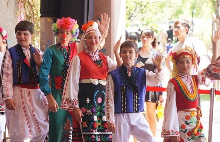 第一保加利亚王国的形成,这个国家为什么称为保加利亚?