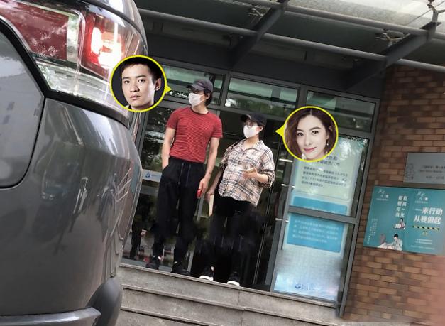刘璇现身医院产检 40岁的刘璇怀二胎了?刘璇老公是谁?