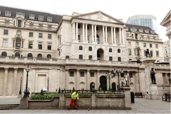 英國首次以負利率發行國債原因是什么,負利率究竟是好是壞?
