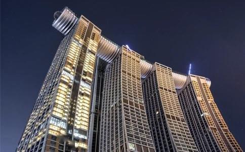 国内首座横向摩天楼明日开放,为什么重庆来福士水晶连廊备受瞩目?
