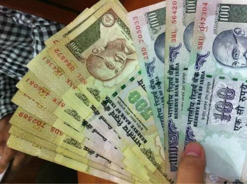 印度的钱叫什么,10元人民币在印度可以买到什么?