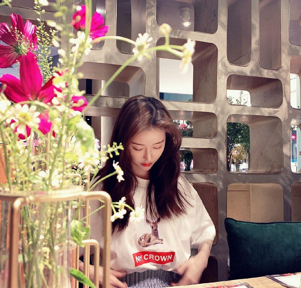 史卿妍清新甜美写真图片
