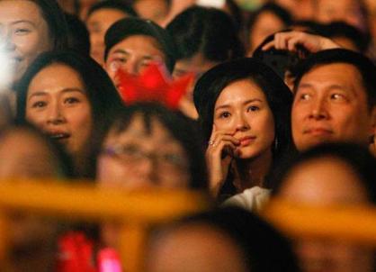 汪峰演唱会表白章子怡,怎么回事?首次正面承认恋情?