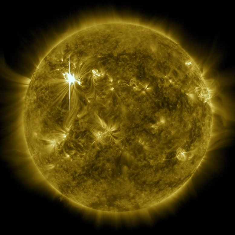 x级-太阳耀斑-闪光