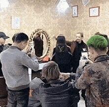 很贵的一款发型