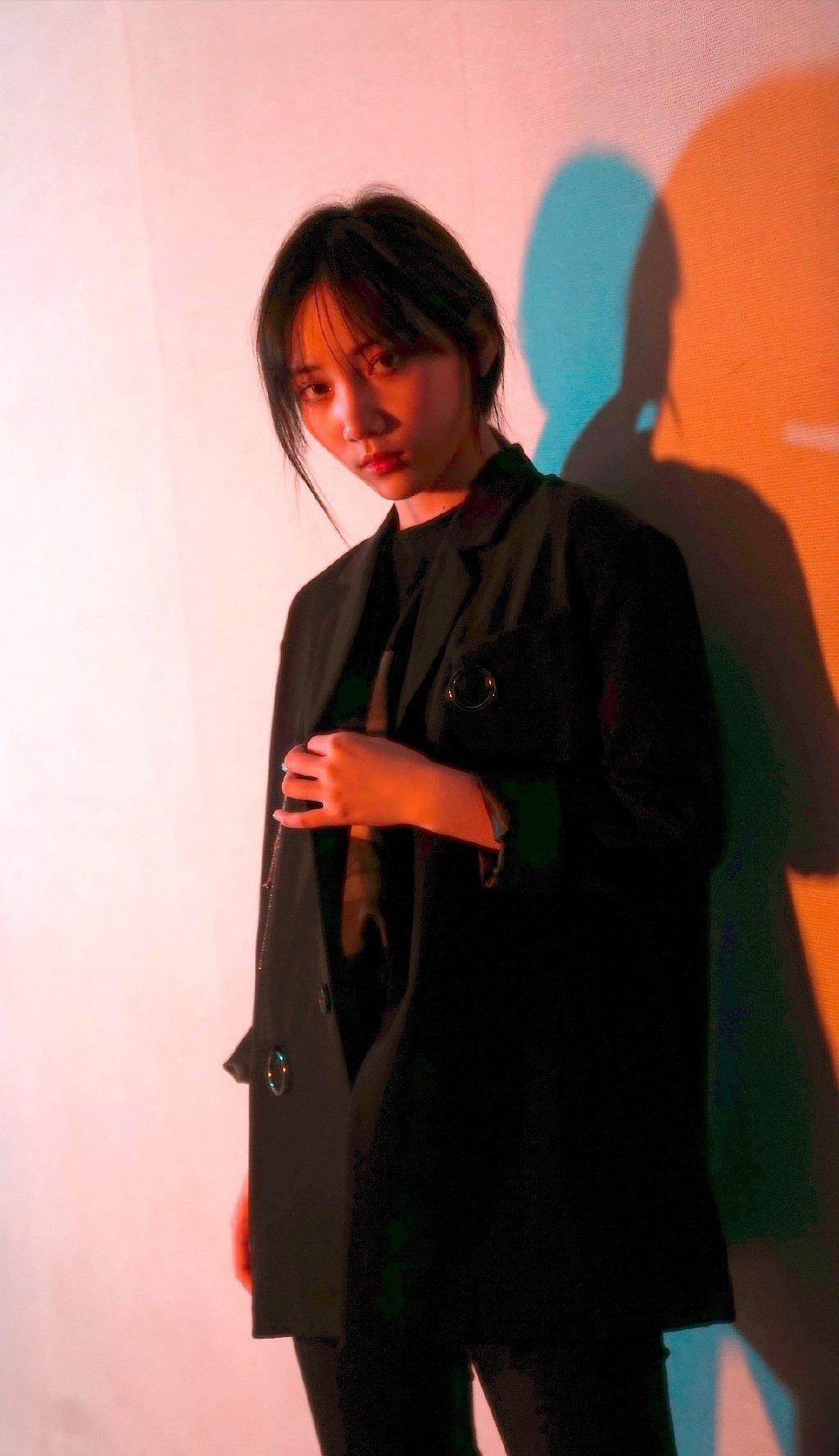 苏芮琪暗黑系甜酷图片