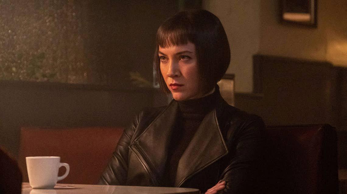 本周展望:安娜·赫尔斯特朗的永恒高领毛衣和皮夹克