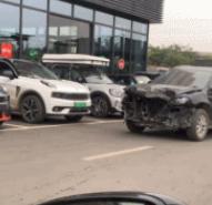 什么車這么耐撞?