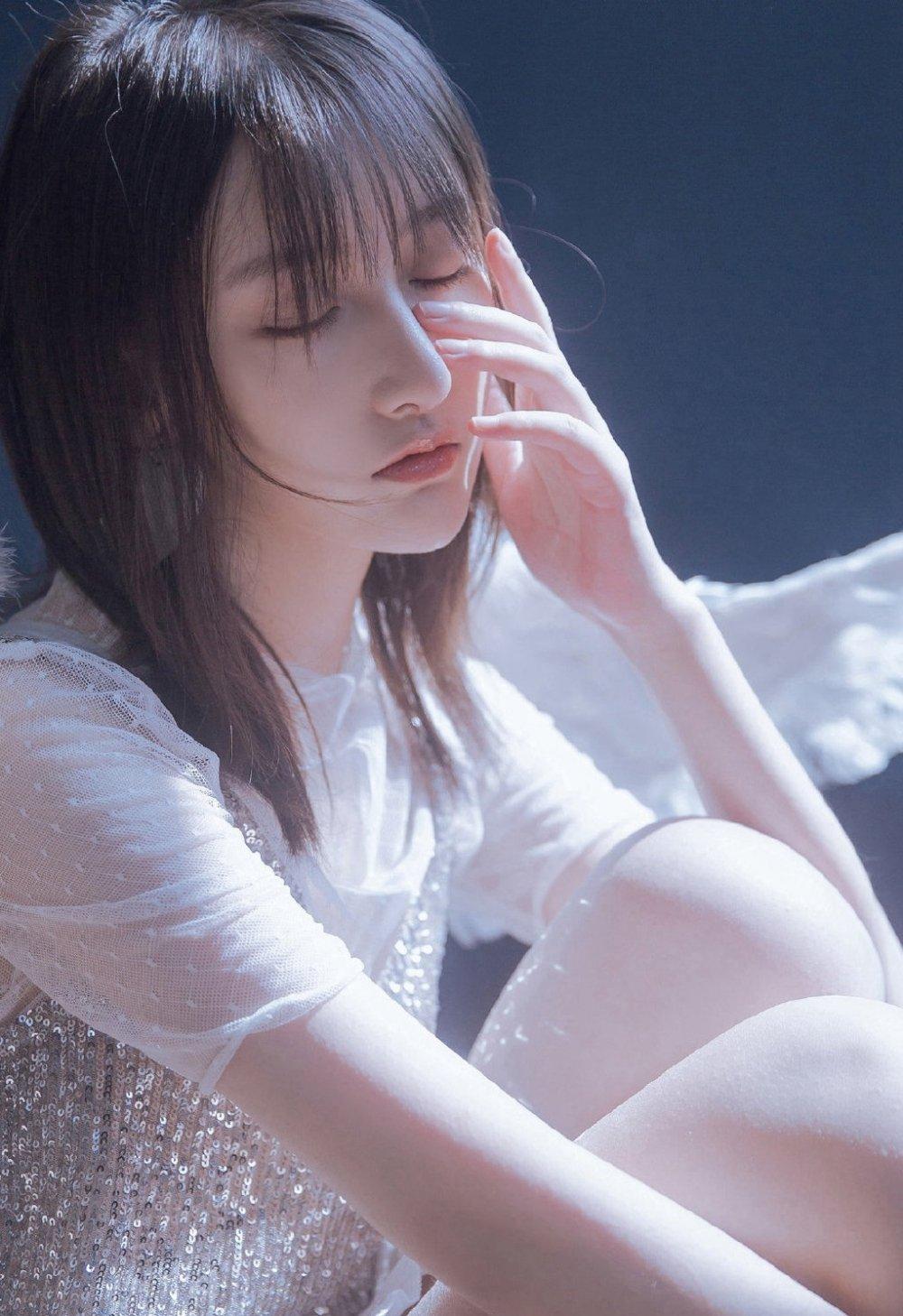 清纯动人天使女神唯美意境写真