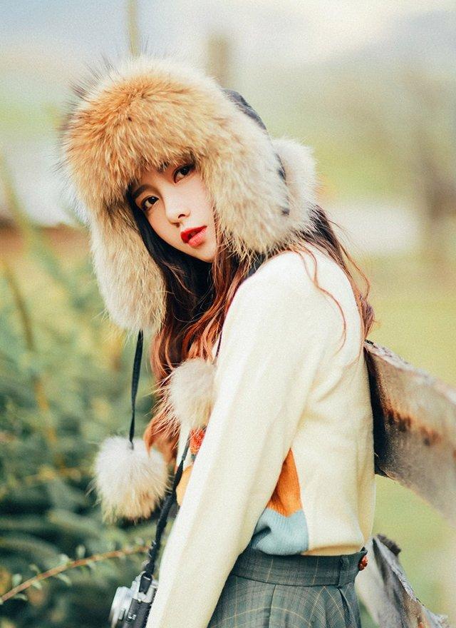 肤如凝脂肌如雪冬日美女户外写真