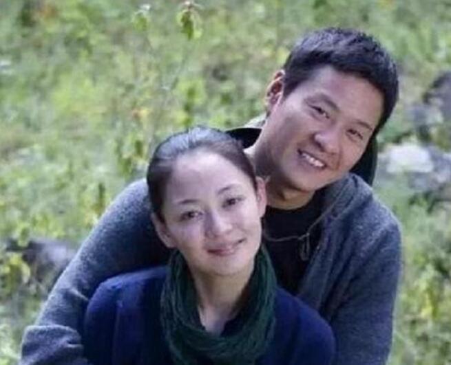 《【杏鑫在线登陆注册】连奕名妻子是谁?连奕名居然为了小三抛弃原配妻子?》