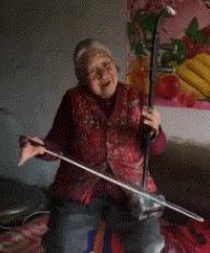 这样的老奶奶真可爱