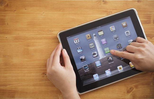苹果iPad和Mac下半年预计将出现短缺,为什么目前国内外芯片都如此短缺?